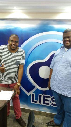 Presidente da LIESB Gustavo Barros e Júnior Reis Presidente de Honra do Acadêmicos do Jardim Redentor