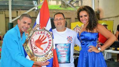 Mestre-Sala Serginho Sorriso Mello, Presidente Alexandre Cardoso e Porta-Estandarte Caroline Santos
