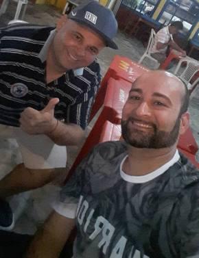 Presidente Fábio Augusto à esquerda e Fabiano à direita