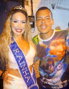 Diretor de Harmonia Luizinho e rainha de bateria