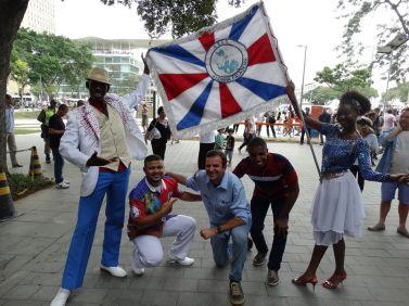 Foto de Lia Amorelli: Ex Prefeito Eduardo Paes, Presidente David dos Santos, casal de MS e PB Jorge Vinícius e Laís, em 2015 na inauguração da Praça Mauá.
